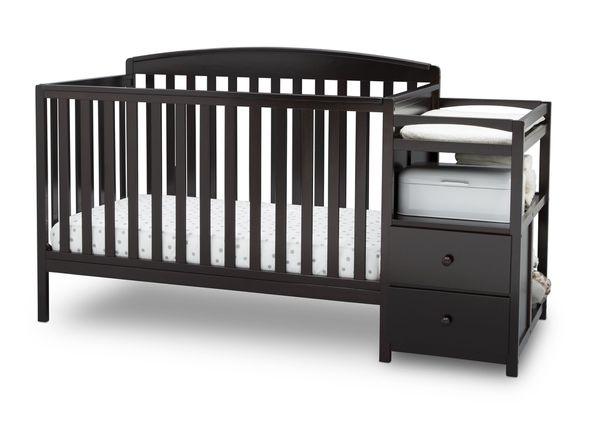 Baby crib/ toddler bed