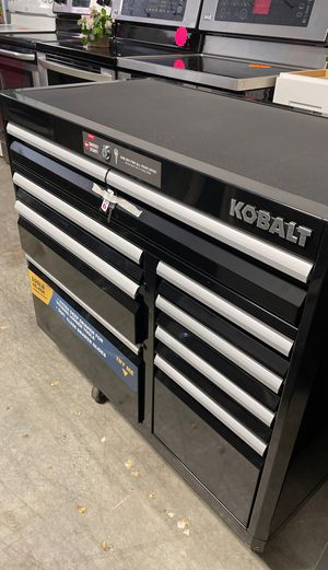 Kobalt 3000 Series 41-in W x 37.5-in H 8-Drawer Steel Rolling Tool Cabinet (Black) New for Sale in Norcross, GA
