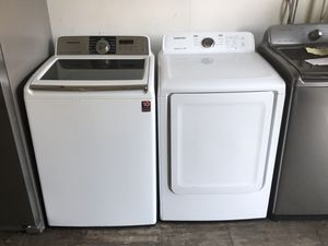 Samsung washer and dryer set electric!! Warranty!! We deliver!! for Sale in Philadelphia, PA