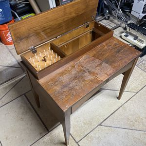 Sewing Machine Table for Sale in Fort Lauderdale, FL