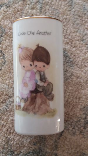 Precious moments 1978 porcelain vase for Sale in Alhambra, CA