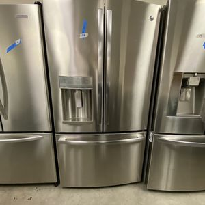 GE 3 Door side by side Refrigerator for Sale in Fremont, CA