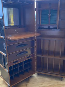 Large Trunk Bar With Storage for Sale in Pasadena,  CA
