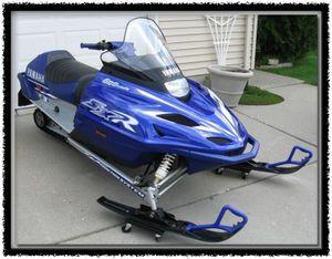 Yamaha snowmobile 2001 for Sale in Murphysboro, IL