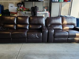 2 Piece Power Reclining Sofa And Loveseat for Sale in Monroe,  WA