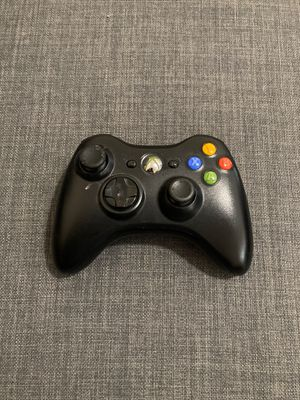 Xbox 360 controller for Sale in Bellevue, WA