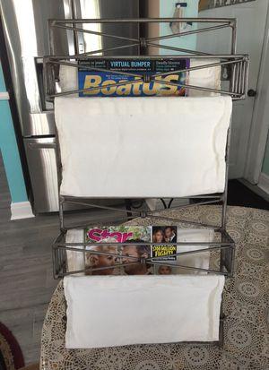 Magazine rack for Sale in Saint Petersburg, FL