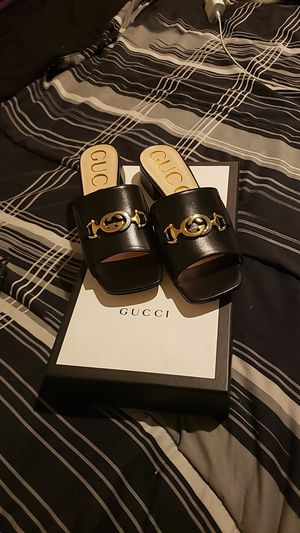 Womens Gucci sandels for Sale in Seattle, WA