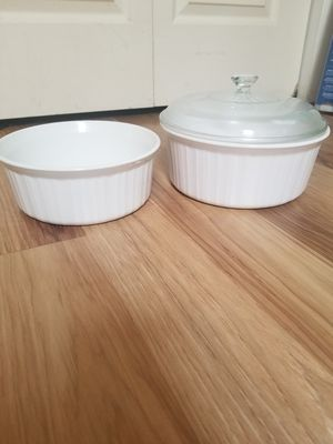 Corningware French White Round Baking Dishes, 2 for Sale in Hopatcong, NJ