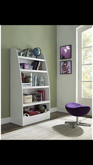 Ameriwood kids 4 shelf bookcase for Sale in Queens, NY