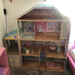 Doll House for Sale in Stockton,  CA