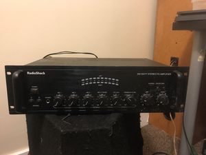 RadioShack stereo receiver for Sale in WARRENSVL HTS, OH