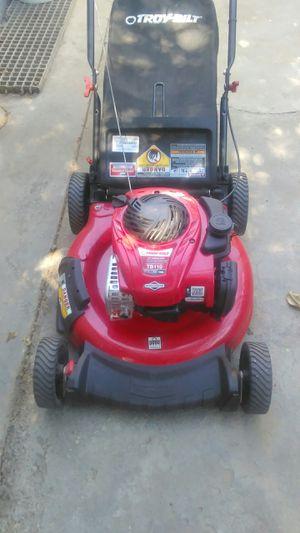 Troy-bilt lawnmower for Sale in Bellflower, CA