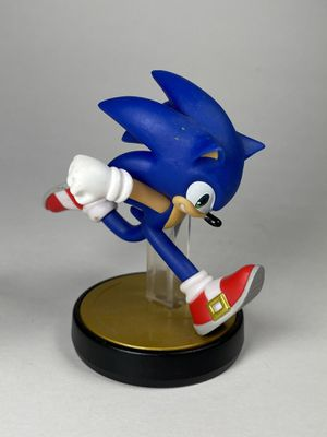 Amiibo SONIC Super Smash Bros Nintendo Wii U 3DS Switch for Sale in Watertown, CT