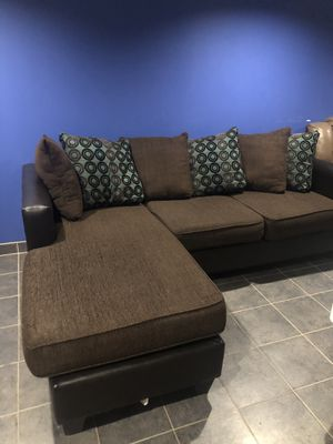Couch for Sale in Troy, MI