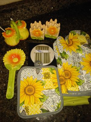 Kitchen Set for Sale in Tampa, FL