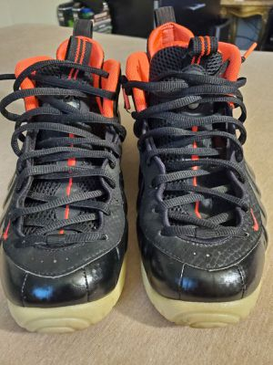 Nike foamposite yezzy size 10...NO TRADE for Sale in New York, NY