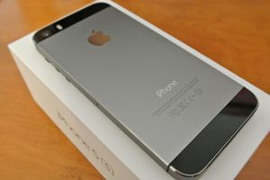 iPhone 5s-16GB-SpaceGrey for Sale in Mesa, AZ