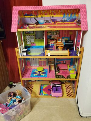 Barbie house for Sale in Fort Worth, TX