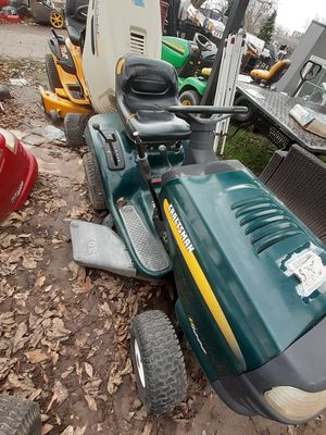 Craftsman lt1000 riding lawn mower 17.5 hp for Sale in Sacramento, CA