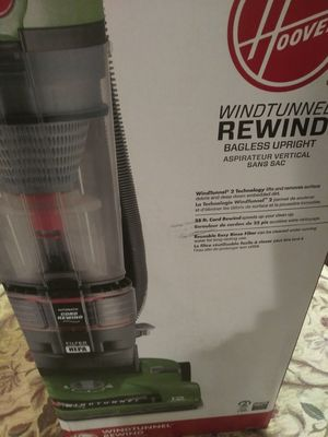 New in box Hoover vacuum for Sale in Walkersville, MD