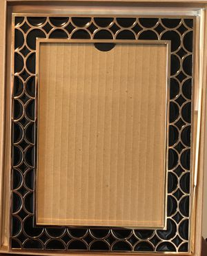 Reed & Barton Luxe Gold plated and Black Frame 5x7 for Sale in New York, NY