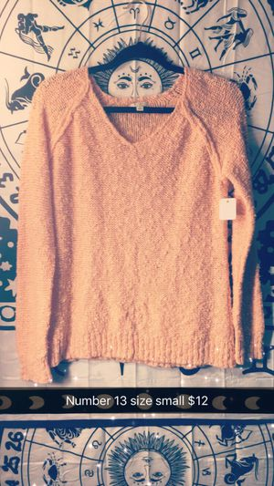 Peach 🍑 sweater fashionable for any occasion for Sale in Durham, NC