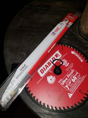 Skill saw blade and saw saw blades for Sale in San Diego, CA
