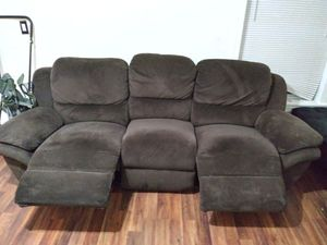 Dual Automatic Reclining sofa for Sale in Washington, DC
