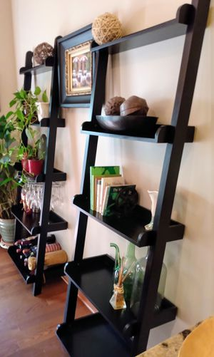 Coaster Home Furnishings Colella 5-shelf Ladder Bookcase for Sale in Kansas City, KS