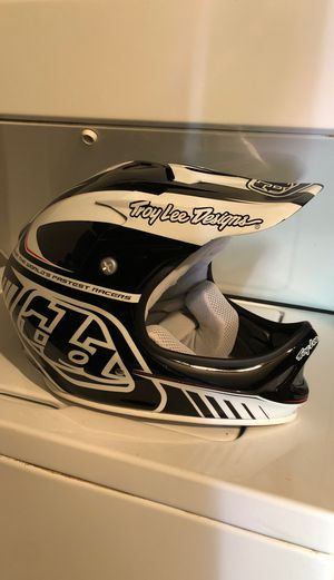 Troy lee design's D2 bike helmet md/lg for Sale in Aliquippa, PA