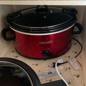 Large crock Pot 7 Qts Barely Used for Sale in Orlando, FL