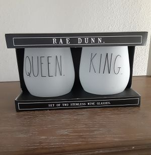 """Rae Dunn """"King/Queen"""" Stemless Wine Glasses for Sale in Rialto, CA"""