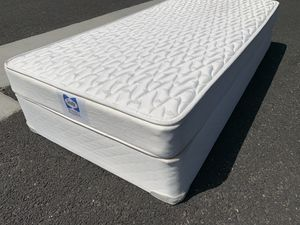 Twin size bed ! Twin size mattress and boxspring set ! Twin mattress and box spring ! Free delivery for Sale in Sacramento, CA
