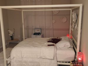 Queen canopy bed with queen foam mattress for Sale in Tampa, FL