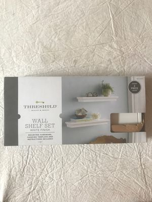 White Wall Shelf Set - $5 for Sale in Deltona, FL