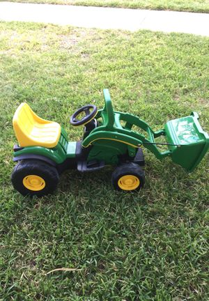 John Deere tractor with charger for Sale in Austin, TX