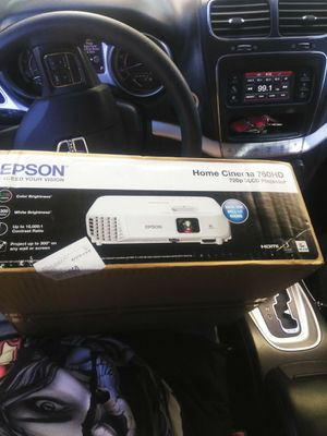 Epson 760hd 3lcd projector brand new for Sale in Redlands, CA