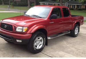 Very Nice Toyota Tacoma SR5/4WDWheels Great Working Truck for Sale in Miami, FL