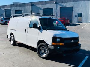 Chevy express 2007 (comes with water TANK) for Sale in Las Vegas, NV