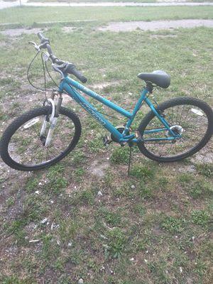 Girls Mountain bike for Sale in Detroit, MI