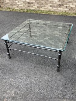 Glass Coffee Table for Sale in Ashburn,  VA