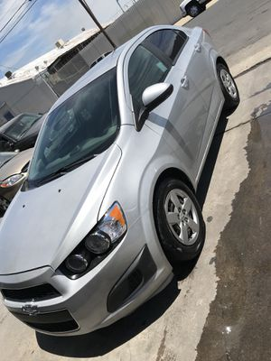 2013 Chevy sonic for Sale in Stockton, CA