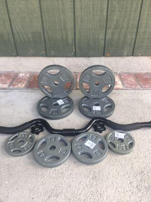 """Standard Curl Bar 1"""" Barbell with 55lbs Weights Barbell 4ft for Sale in City of Industry, CA"""