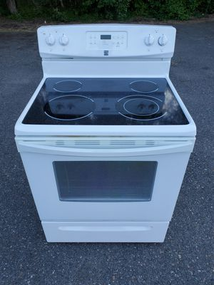 Kenmore white electric stove good working conditions for Sale in Wheat Ridge, CO