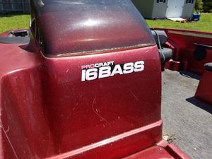 16 foot Pro craft bass boat for Sale in NORTH DINWIDDIE, VA