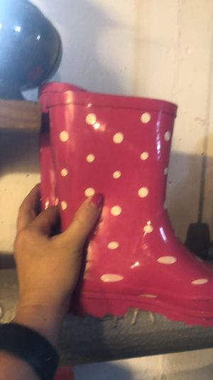Brand new size 13 girls rain boots for Sale in Wakefield, MA