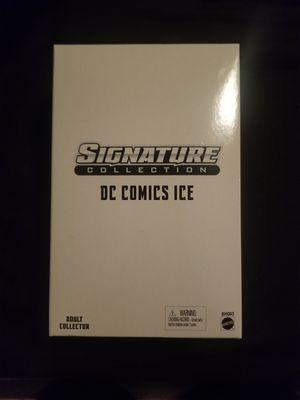 DC Universe Exclusive Signature Collection Action Figure Ice for Sale in San Antonio, TX