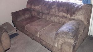 Free Couches for Sale in Sacramento, CA