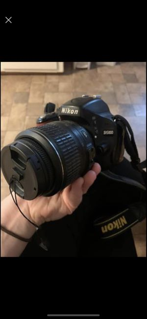 Nikon D5100 with kit lens and 55-200. iPhone memory card adapter. for Sale in Lawrence, MA